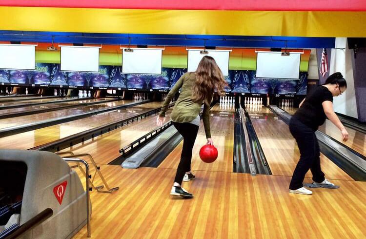 Ten-pin bowling - Capitol Bowl